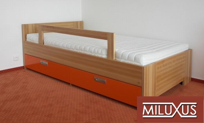 postel buk přírodní - dětský pokoj - masiv