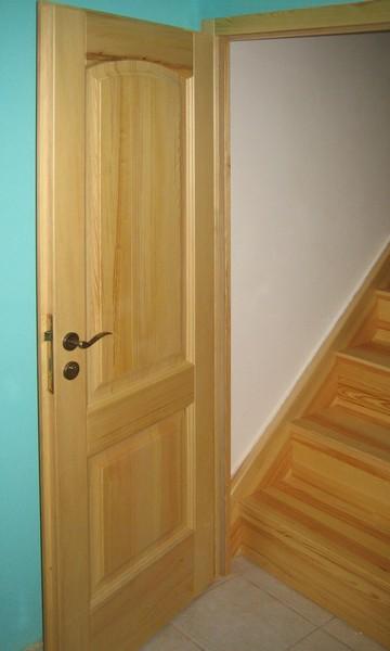 dveře interiérové - borovice přírodní - masiv