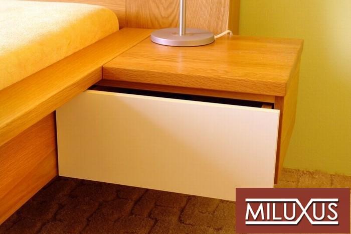 postel dub přírodní - čílka mléčný konex -masiv