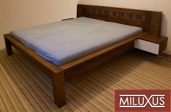 postel dub mořený - masiv