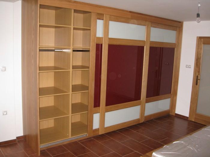 vestavěná skříň dub - red lacobel - masiv