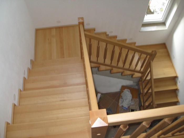 schody - obklad - buk přírodní - masiv